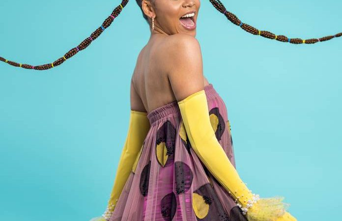 INTERNATIONAL PHENOMENON SHO MADJOZI OFFICIALLY SIGNS TO EPIC RECORDS