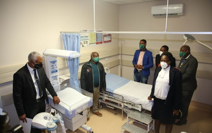 Glencore hands over R30 million state of the art community clinic to the North West Province Department of Health