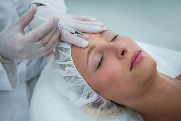Non-Invasive Facial Treatments – The New Approach to Skin -Deep Beauty